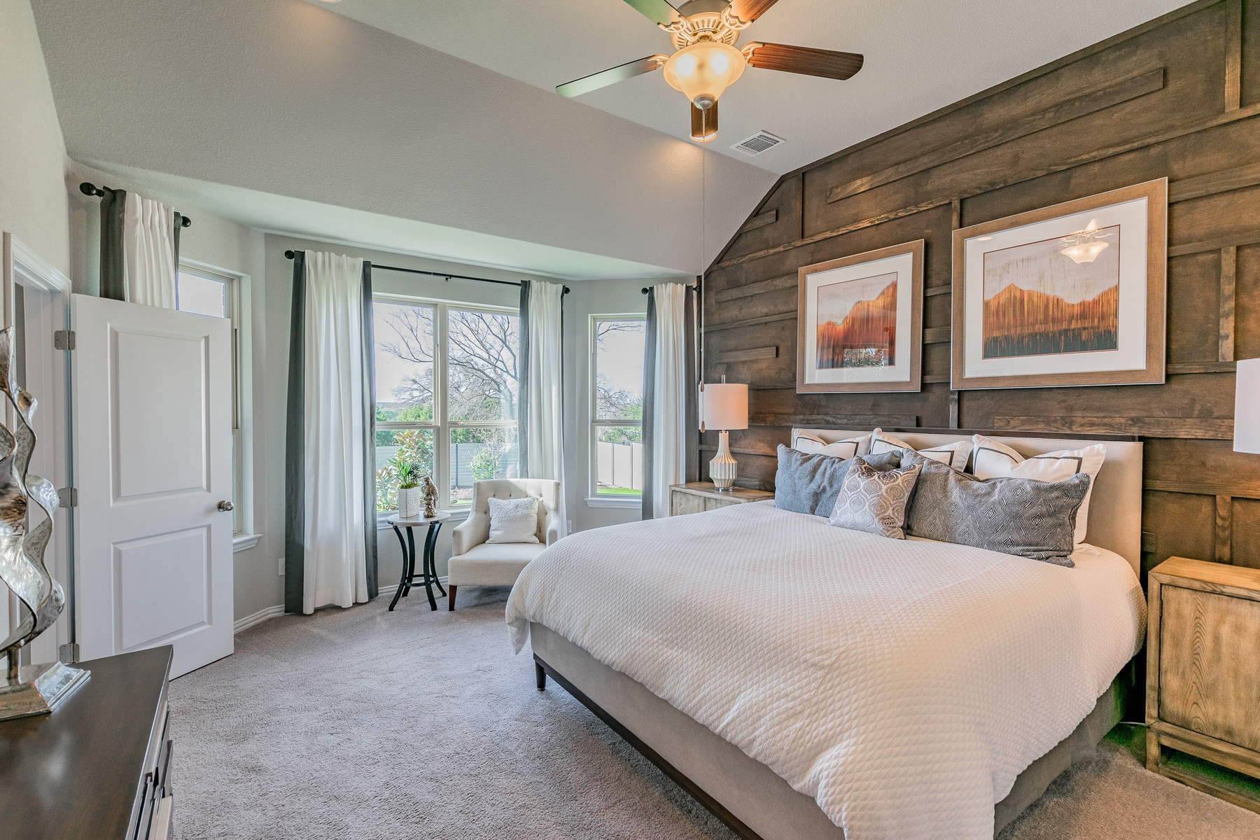 6 Creeks Signature Owner's Bedroom