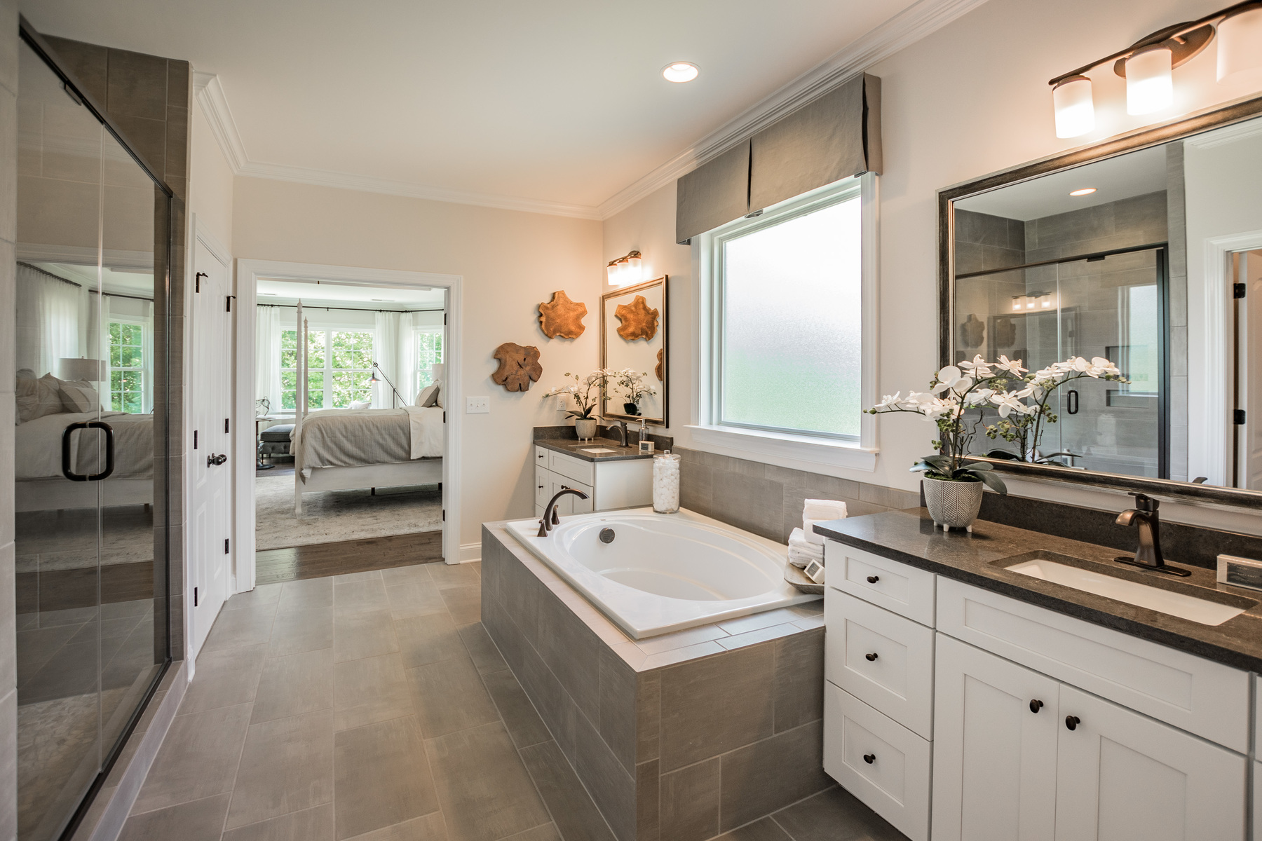 MillBridge Traditions Master Bathroom