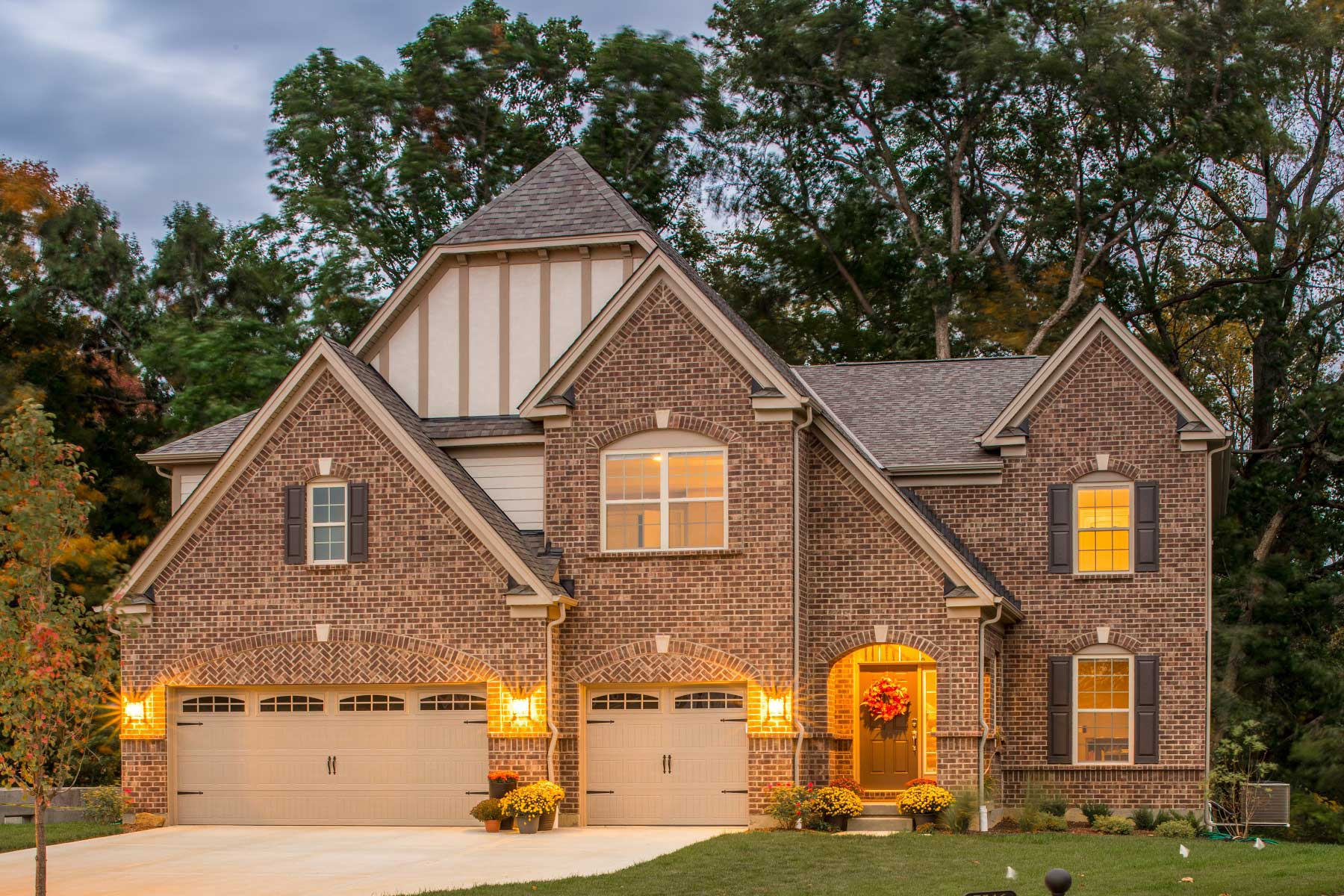 Carriage Hill Walnut Pointe Ridge Front Exterior