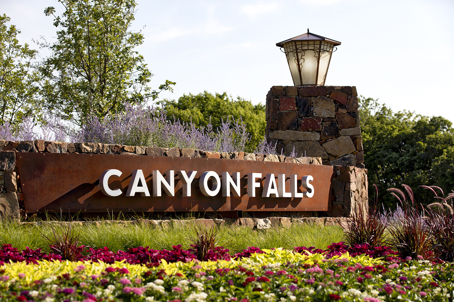Canyon Falls Entrance