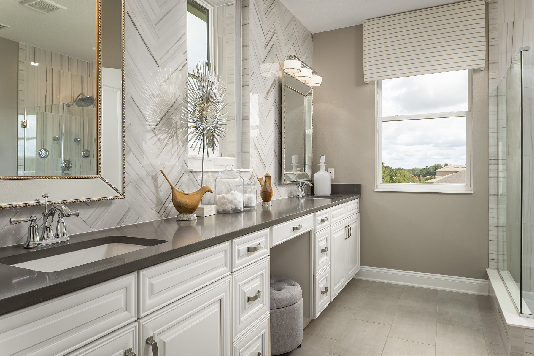 Hull Island Eco Series Owner's Bathroom