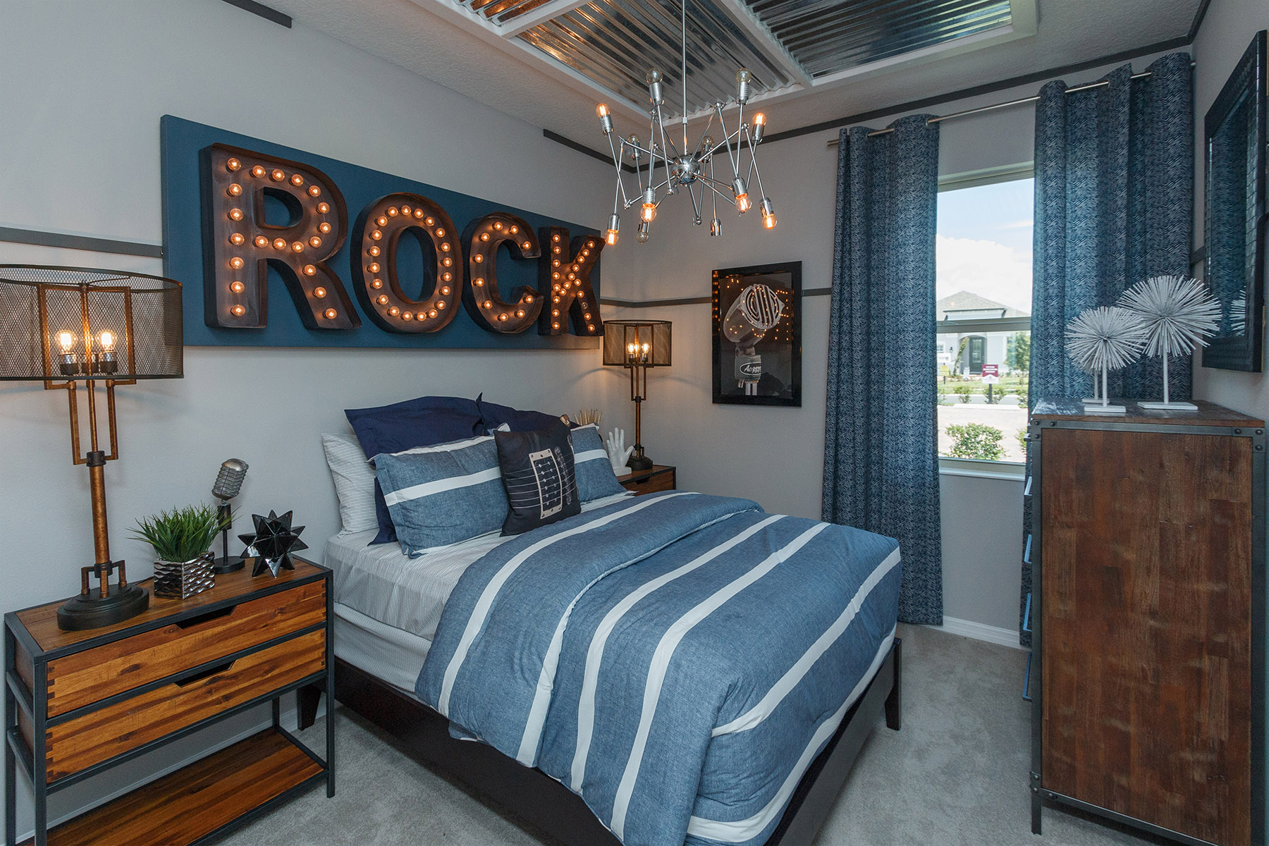 Orange Creek Bedroom