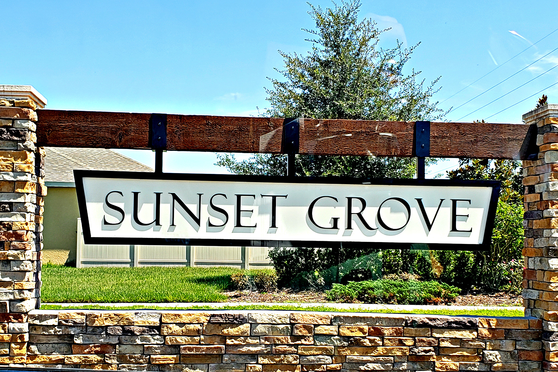 Sunset Grove Entrance