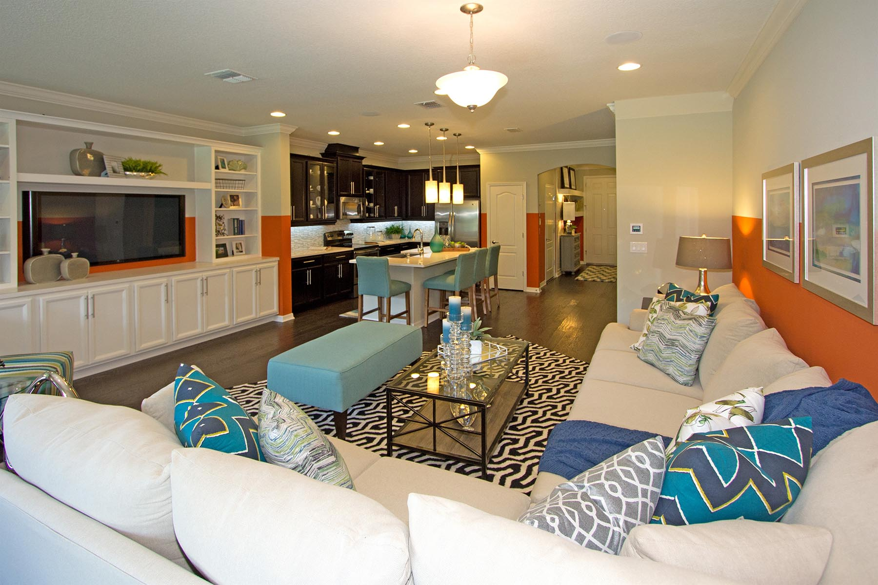 The Towns at Avalon Ridge Living Room