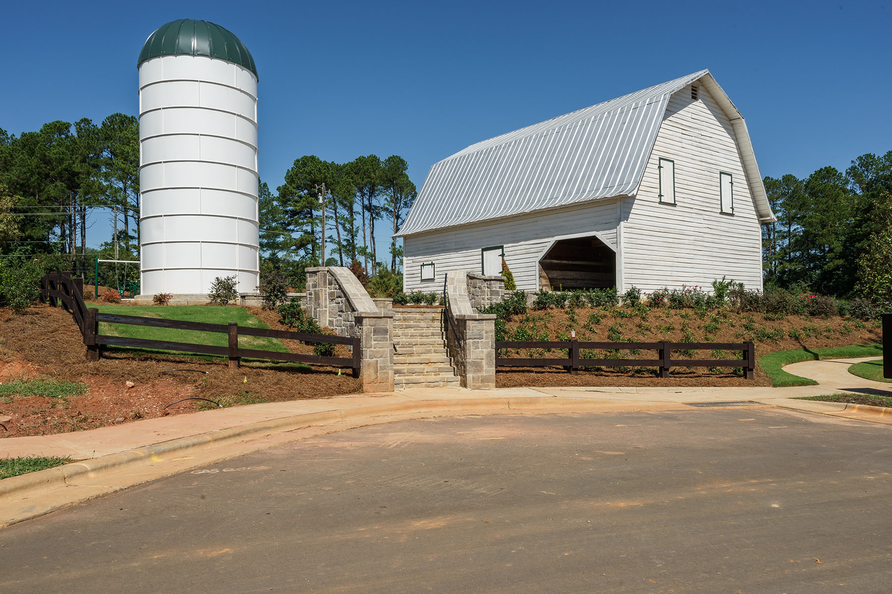 Pritchett Farm Estates Silo and Barn
