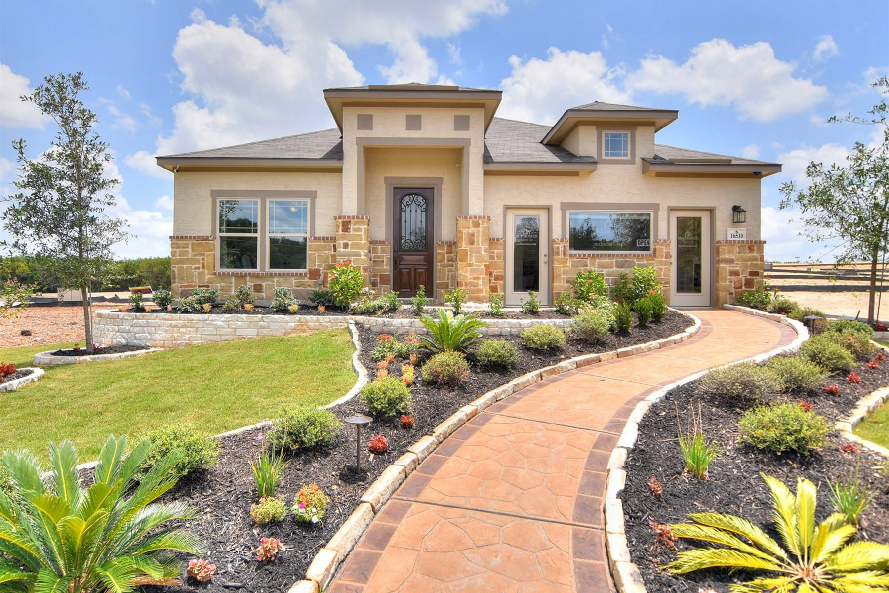 How to Maintain Natural Stone Features at Home