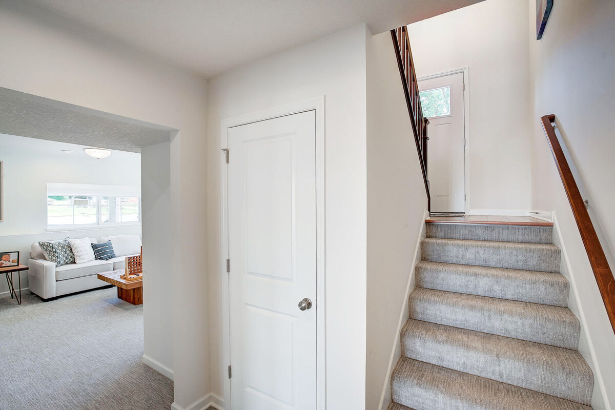 Lower Level Entryway
