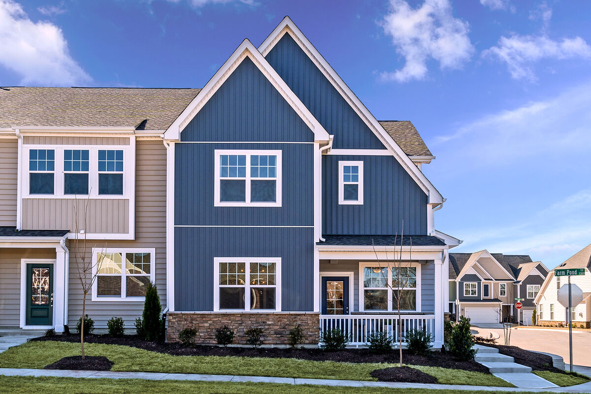 Andrews Chapel Townhomes Exterior