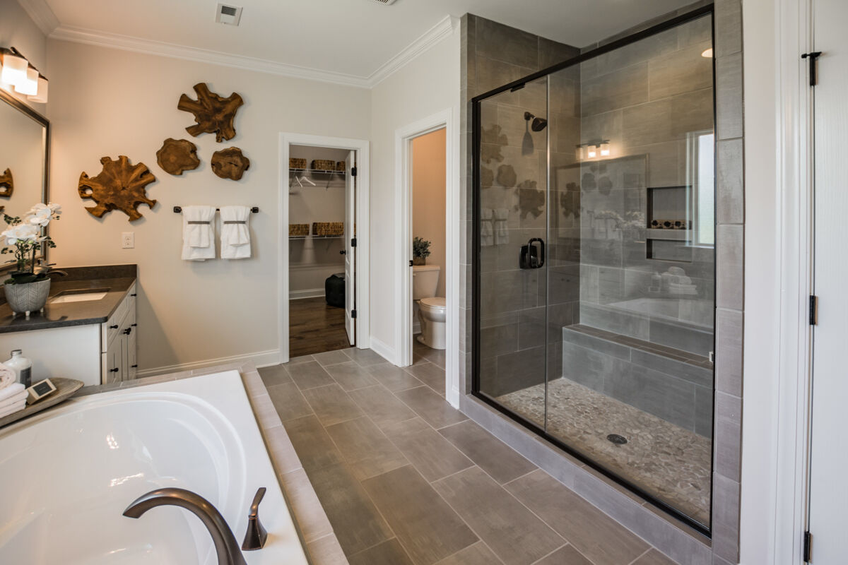MillBridge Traditions Master Bathroom