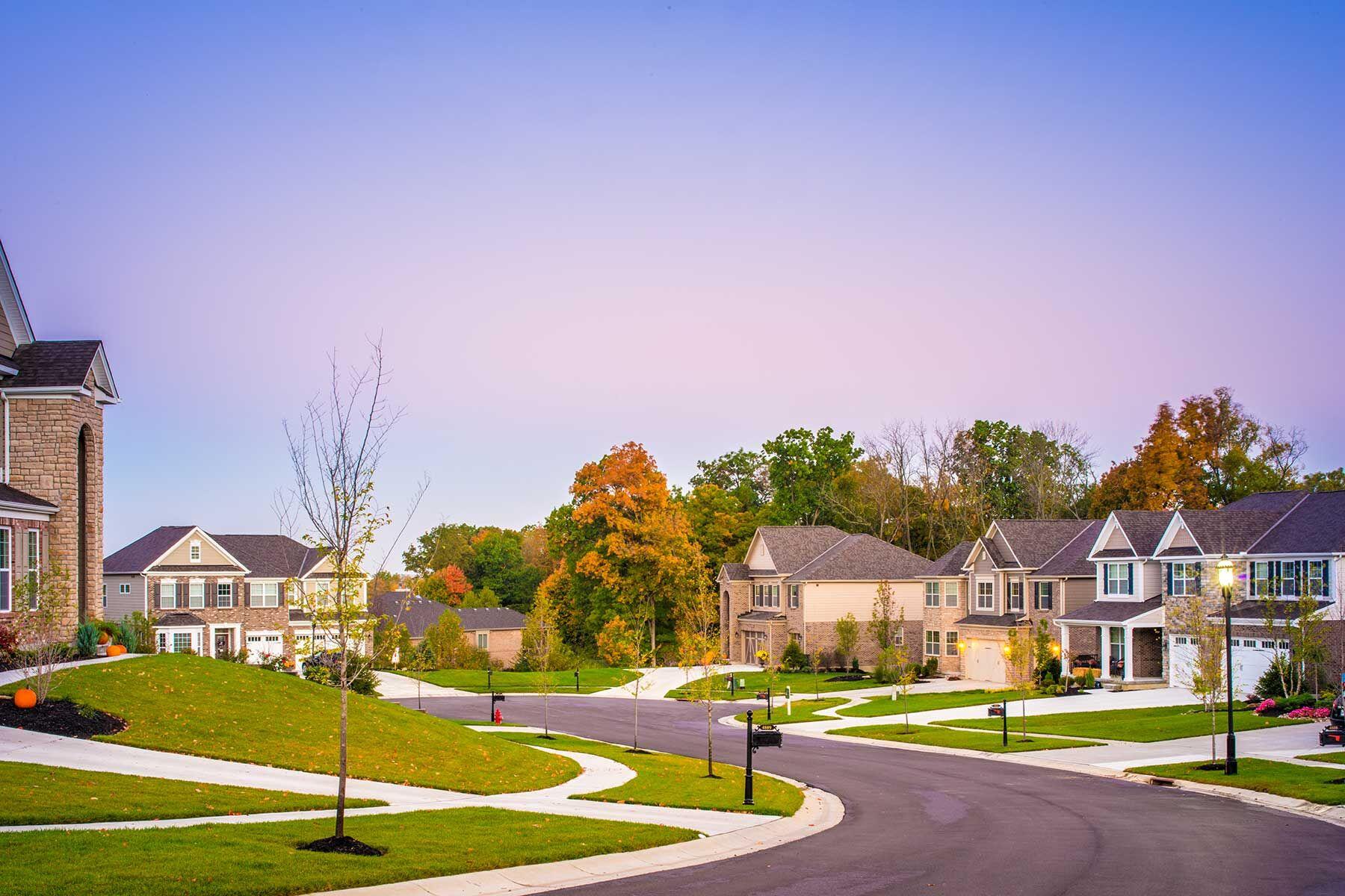 Carriage Hill Walnut Pointe Ridge Streetscape