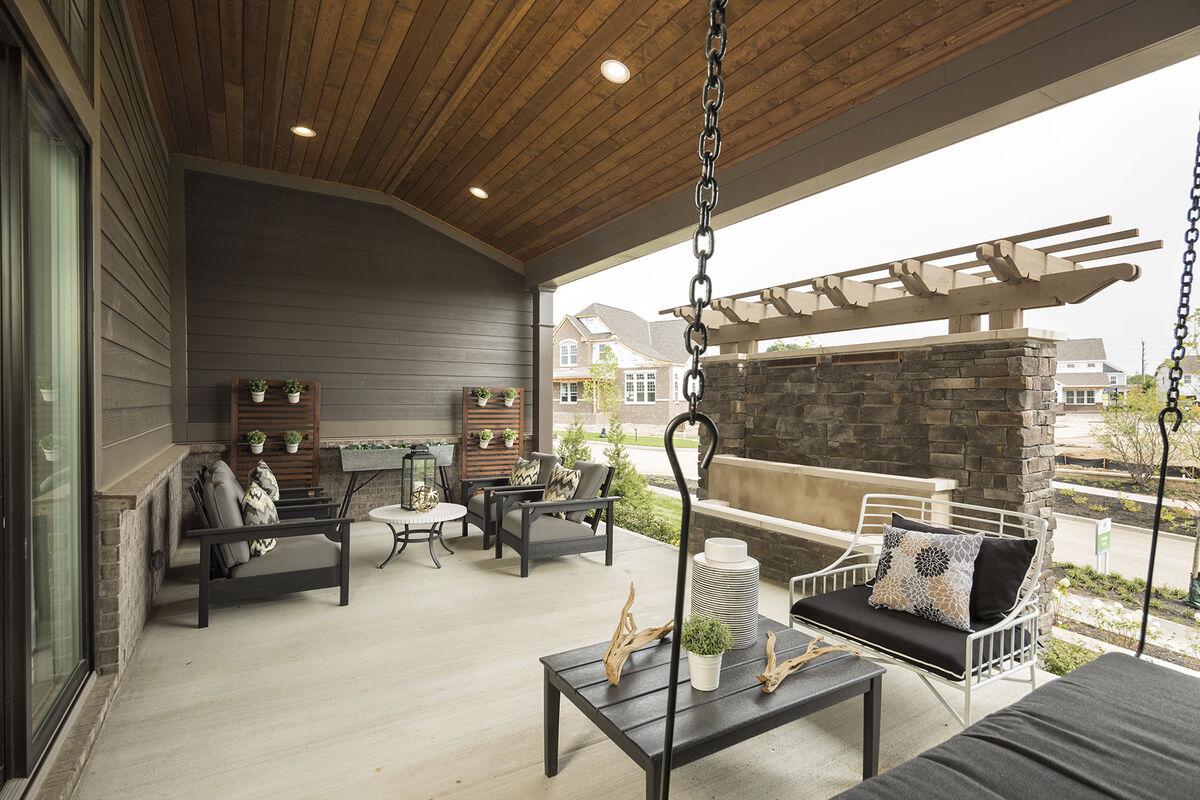 Daventry Deck