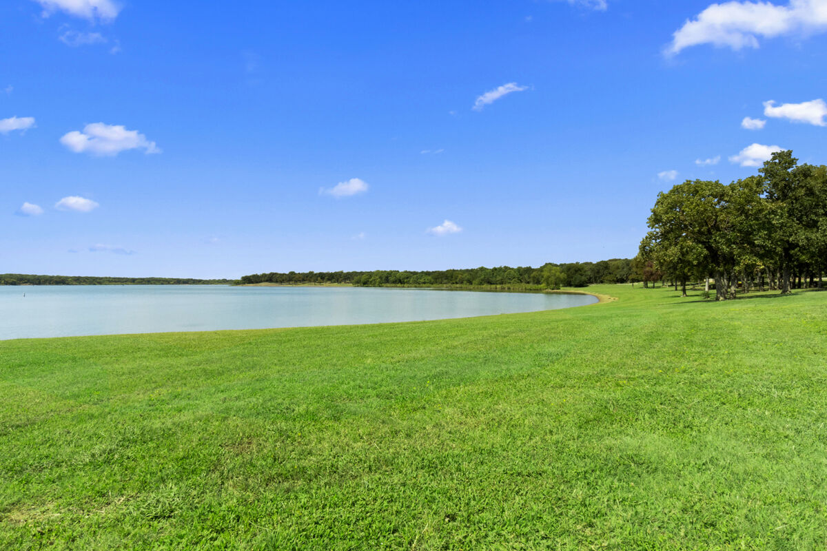 Surrounding Area – Lake Lewisville