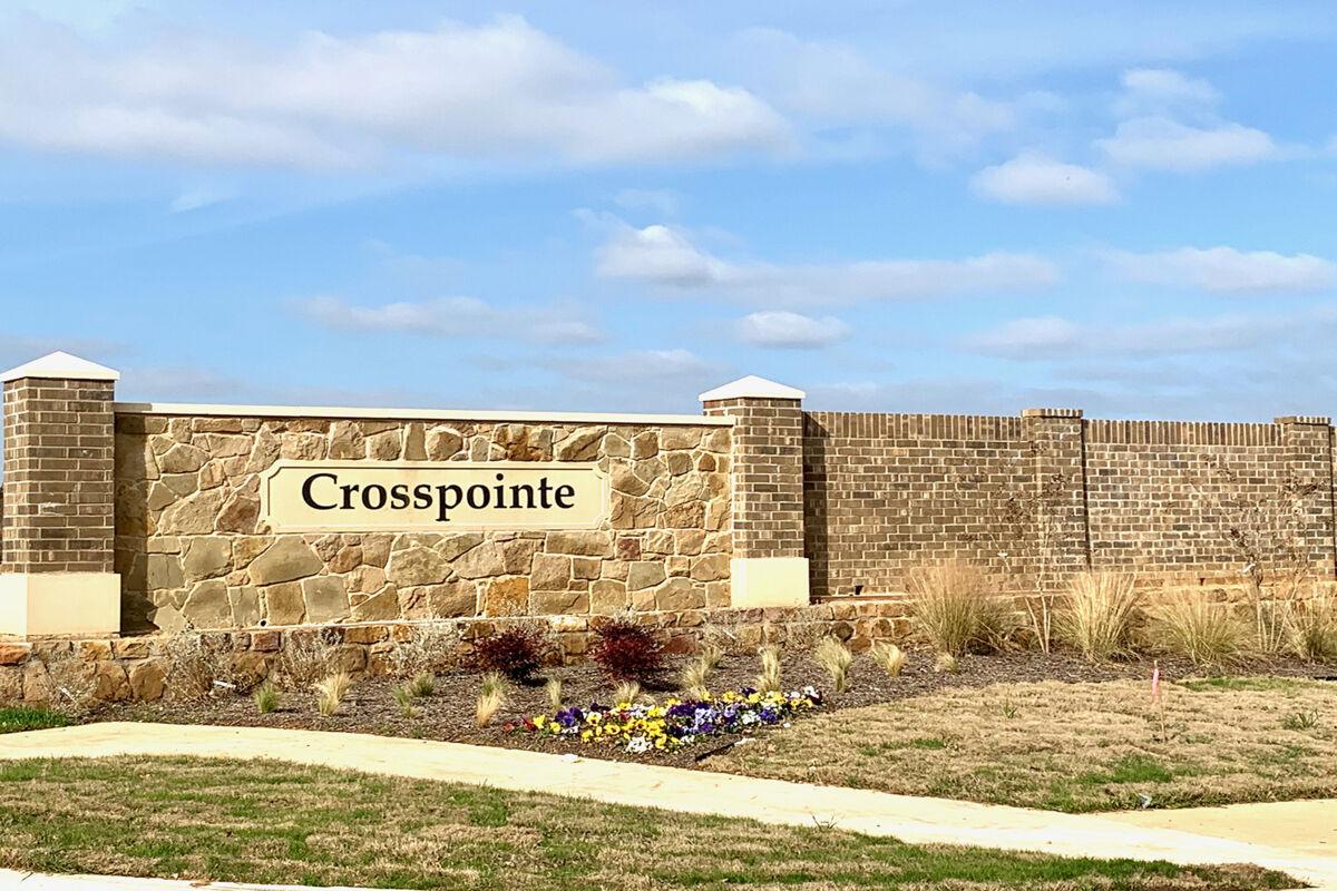 Crosspointe Entrance