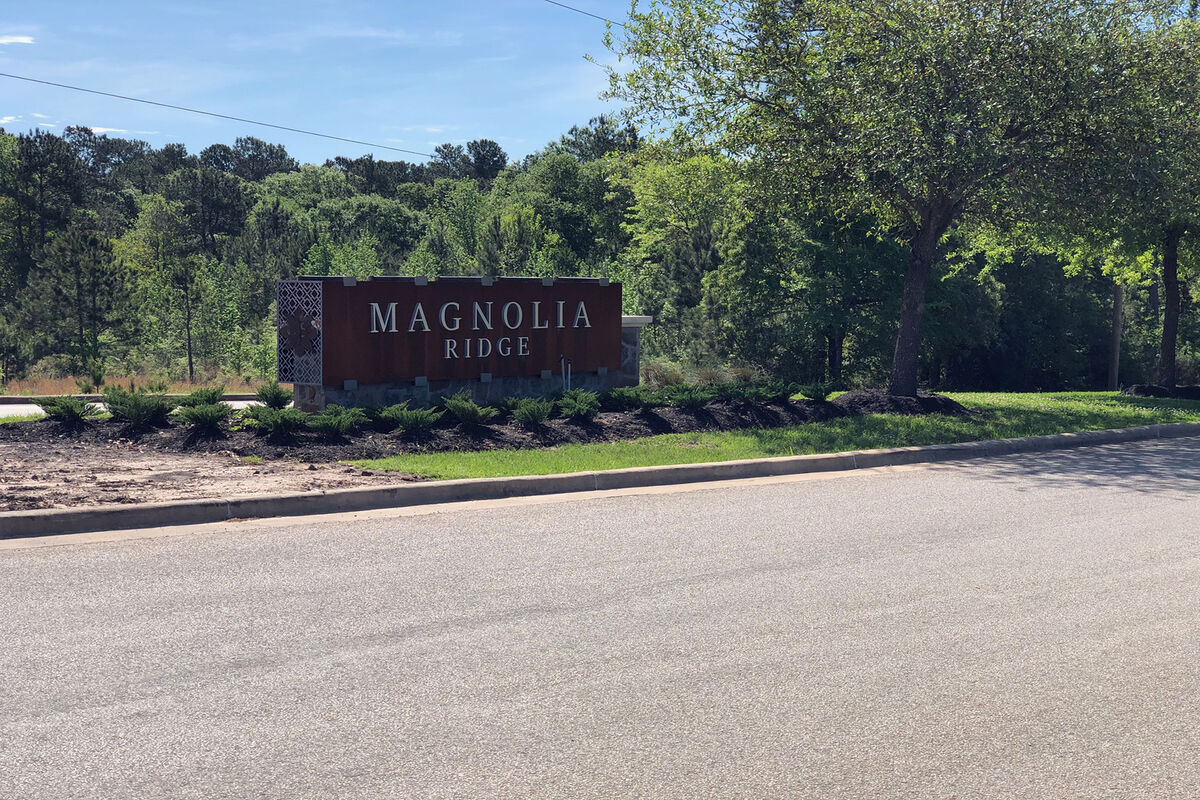 Magnolia Ridge Entrance