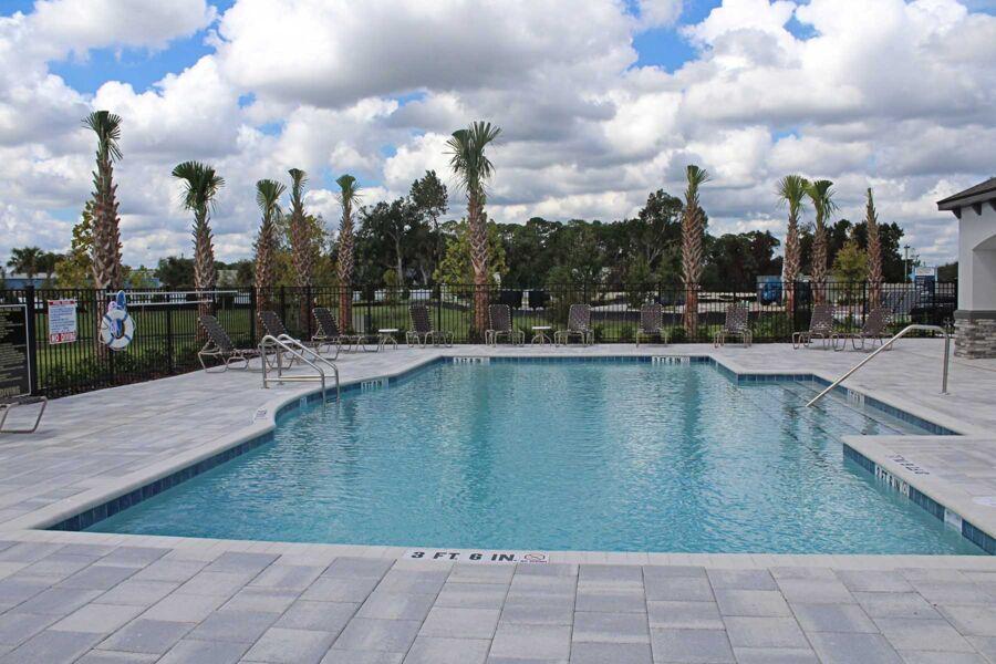Towns at White Cedar Pool