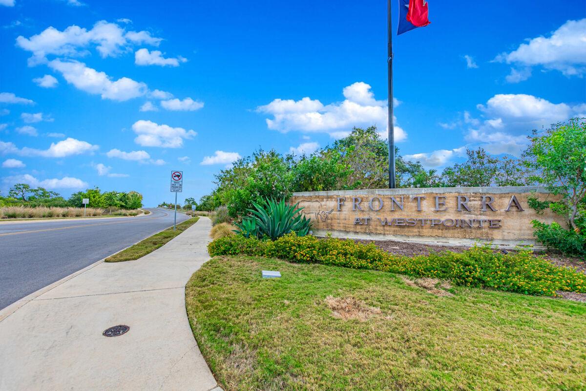 Fronterra at Westpointe Entrance