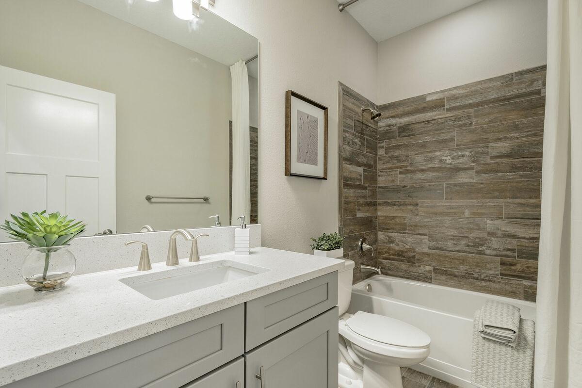 Sylvan Lea Bathroom