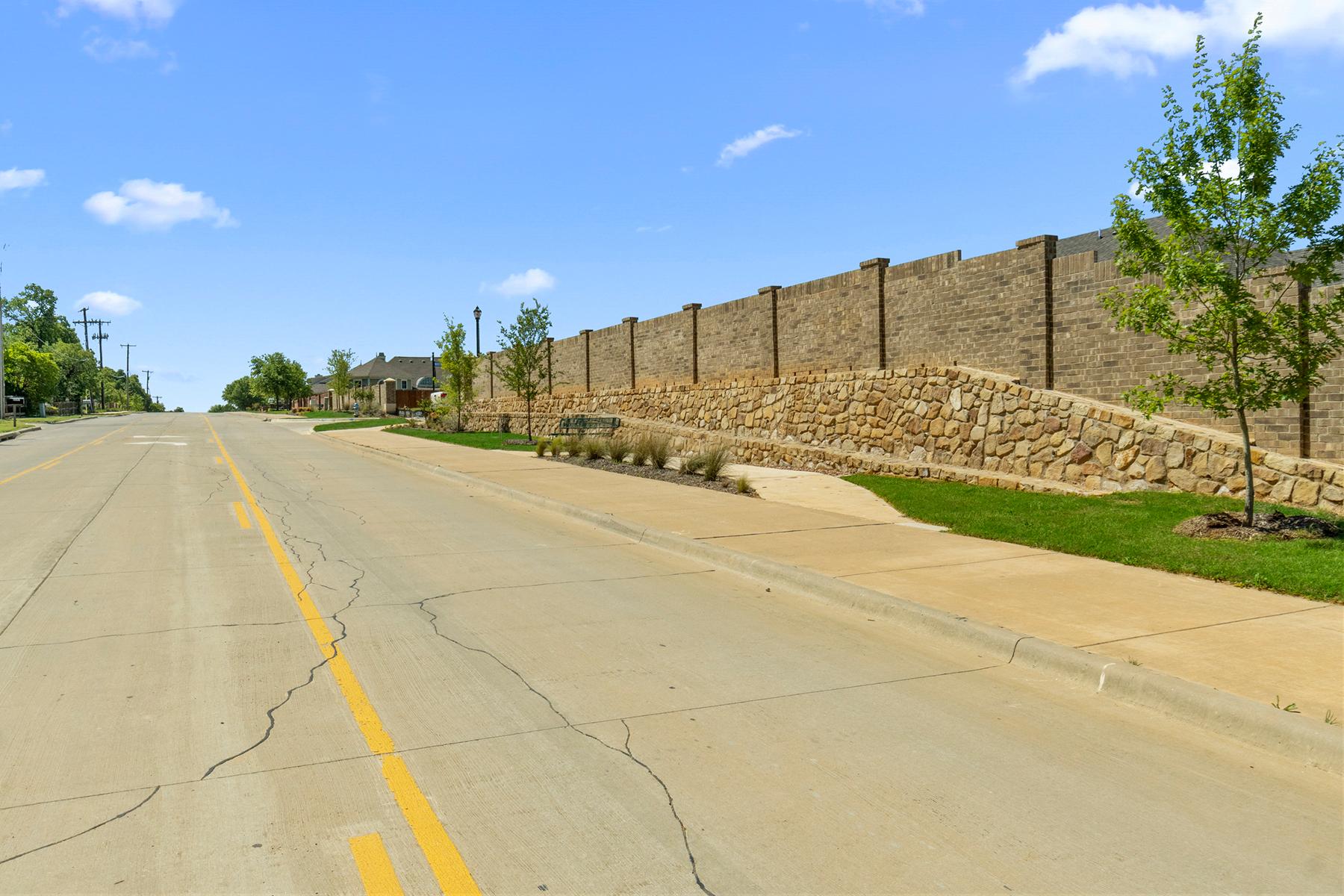 Crosspointe Streetscape