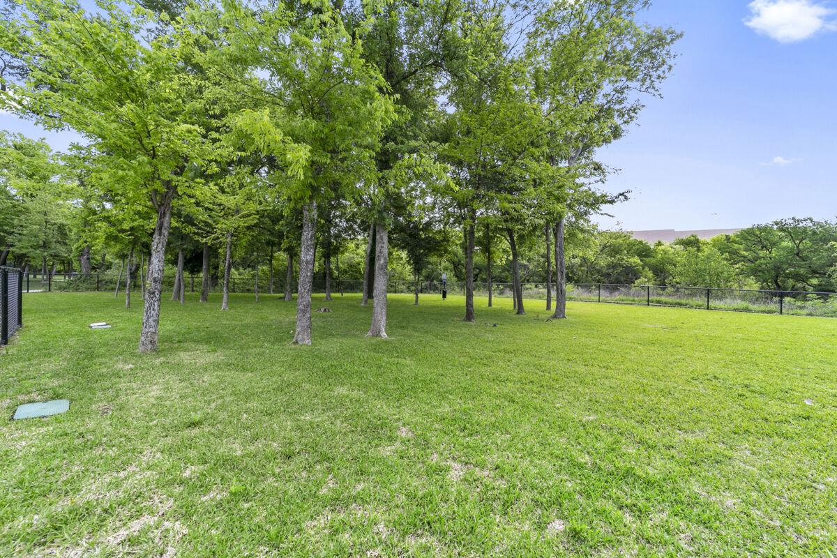Chapel Trails Dog Park