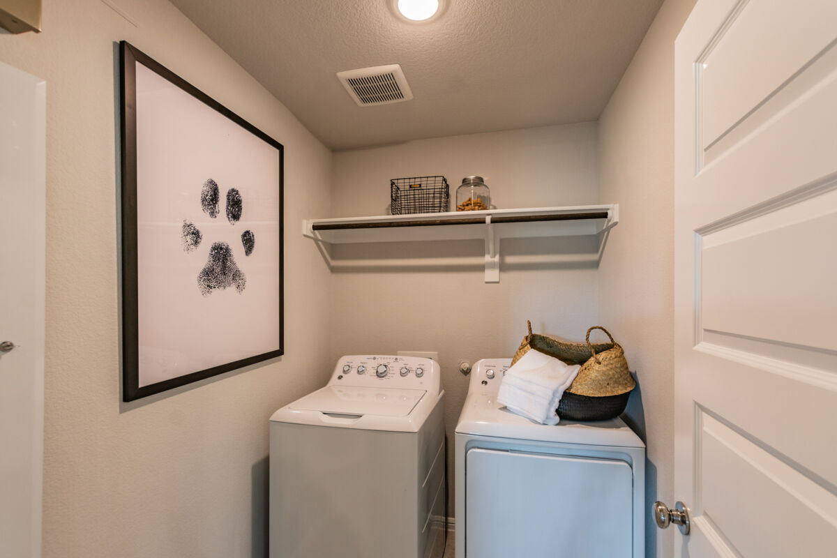 Light Farms - Sweetwater Smart Series Laundry Room