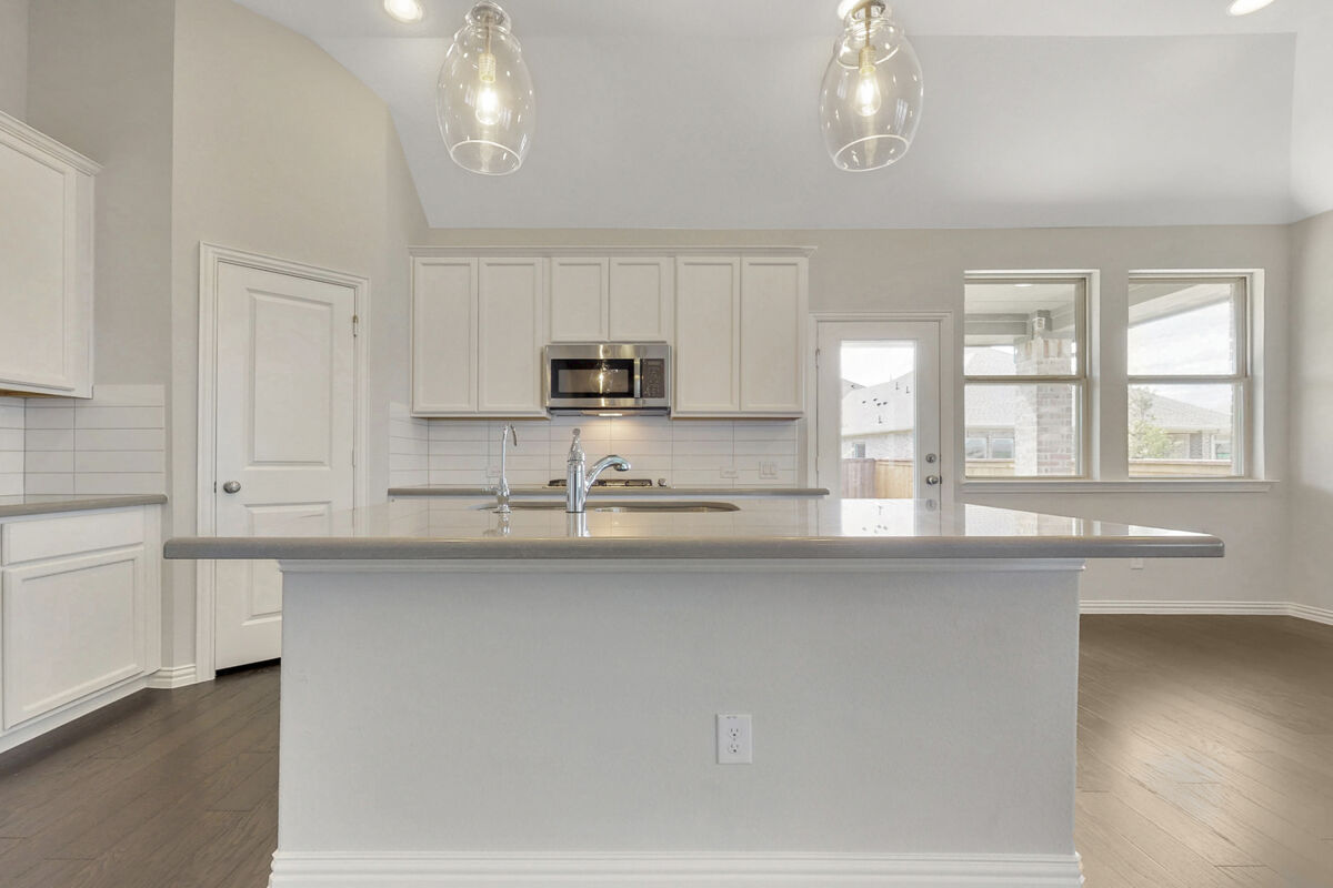 Light Farms - Sweetwater Reserve Series Kitchen