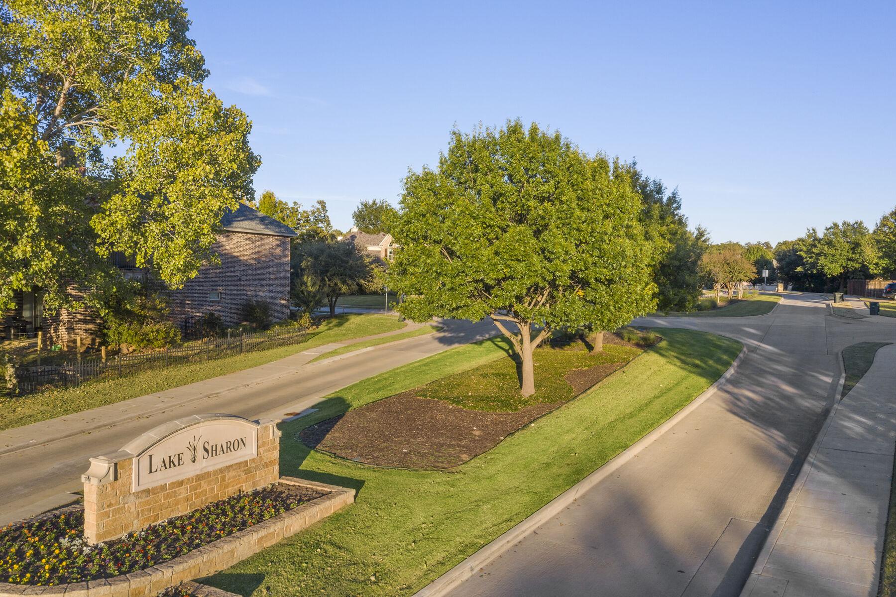 Lake Sharon Estates Entrance