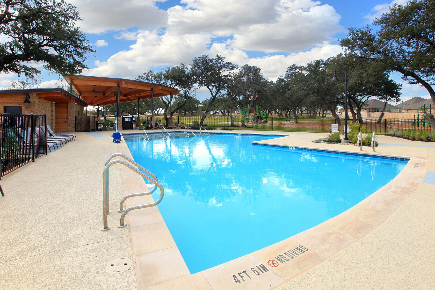 Arrowhead Ranch Amenity Pool
