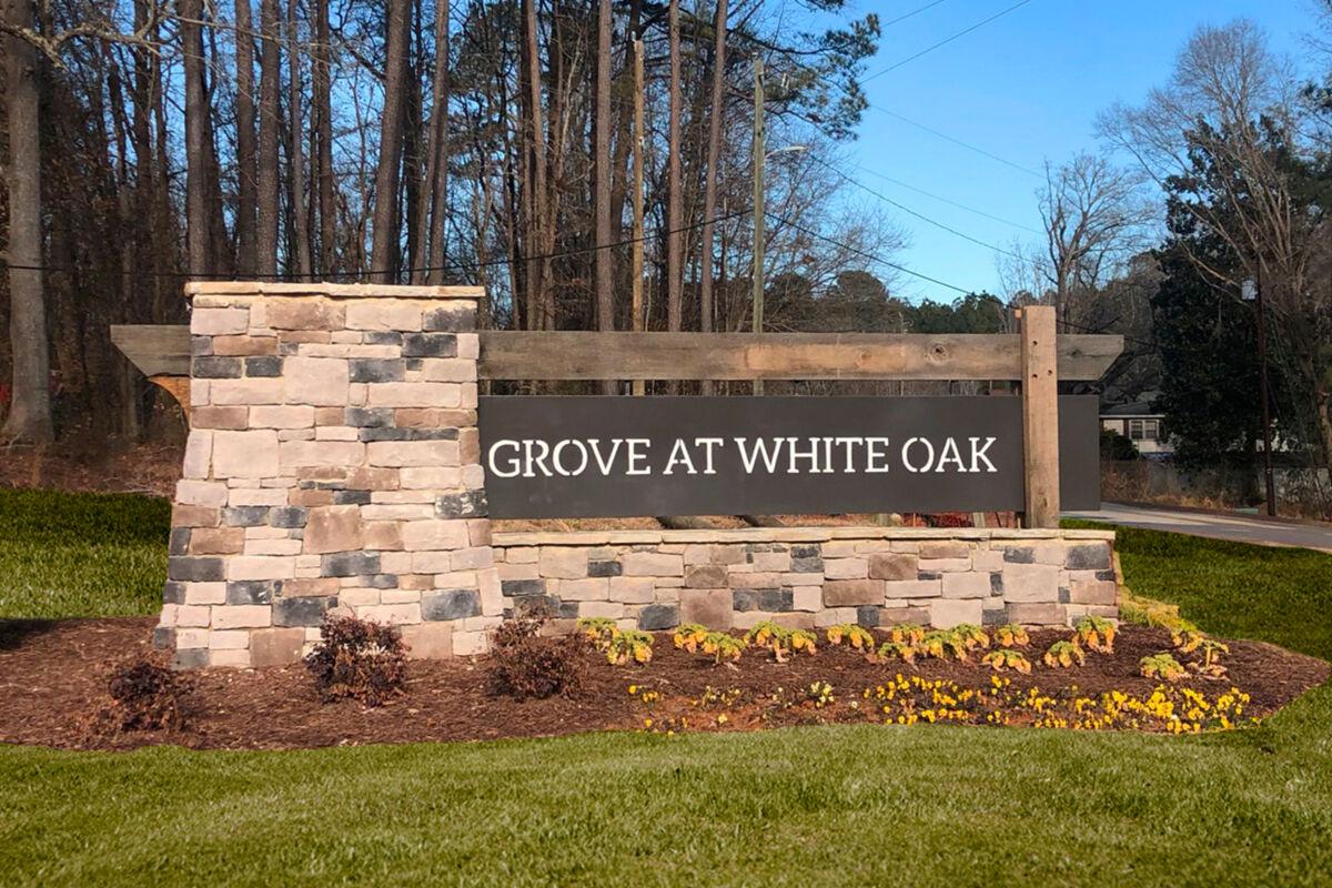 Grove at White Oak Entrance